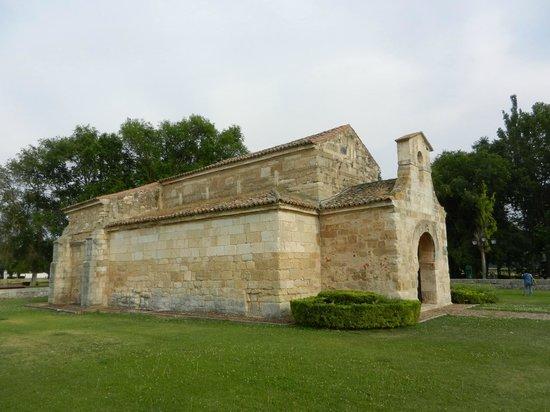 Church of San Juan Bautista, Banos de Cerrato: Vista desde el noroeste