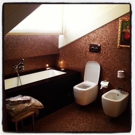 Hotel Moresco: schönes Bad mit jaccuzzi