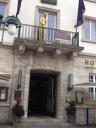 Hotel Elephant: Hotel Elefante