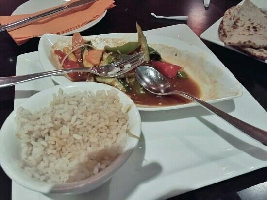 Balance Cafe: healthy 'red' rice & crispy Asian greens in tamarind sauce
