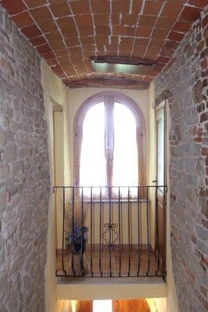 Santo Stefano Belbo, Italia: Interno