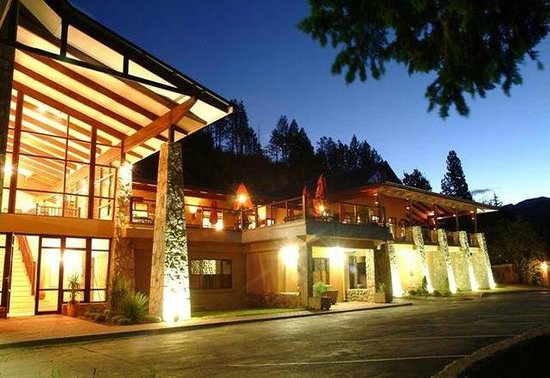 Gooderson Drakensberg Gardens Golf & Spa Resort: Main Hotel Reception