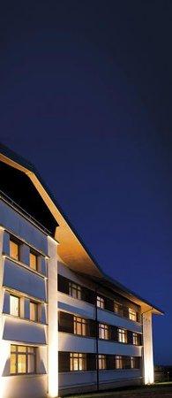 Hostellerie du Chambellan : Hotel by Night