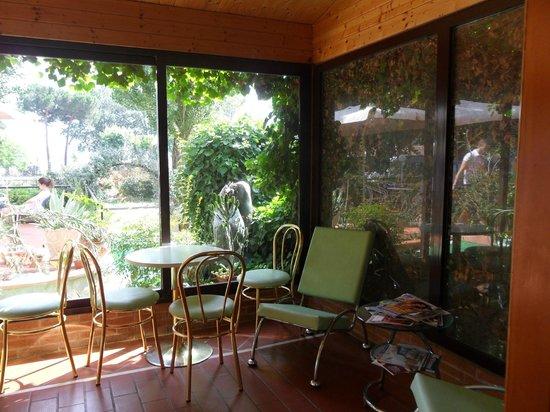 Residence Ranieri: veranda relax
