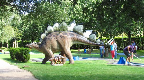 Kaiserslautern, Jerman: Dinosaurs, mastadons and giant sloths....oh my