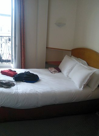 Fertel Maillot : The room on the 5th floor