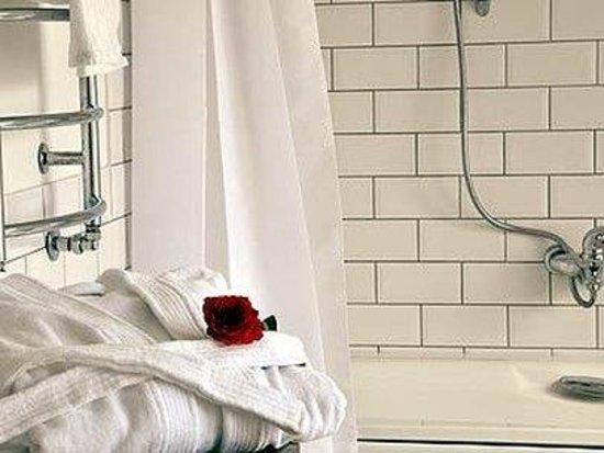 Europa Royale Kaunas: Bathroom