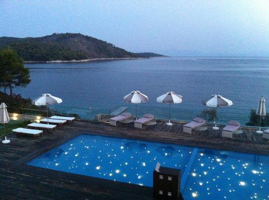 Adrina Resort & Spa : Θέα από το εστιατόριο το δειλινό