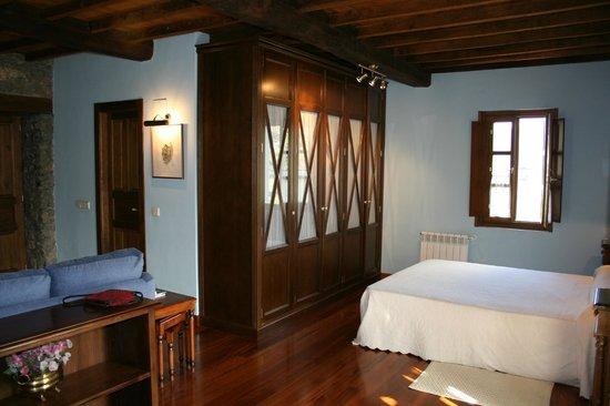 Casa de Aldea La Pumariega: Habitación La Perezosa
