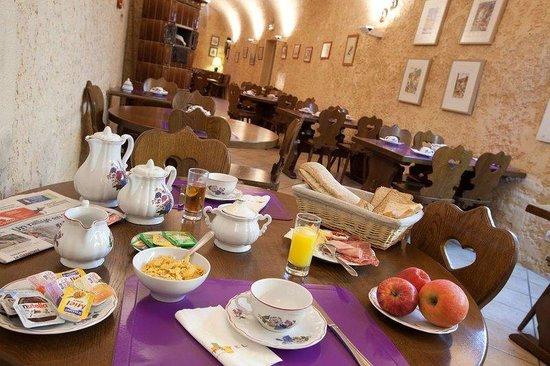 Couvent des Franciscains: Breakfast