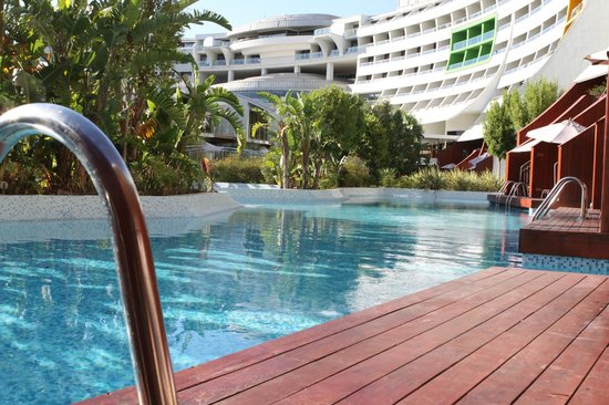 Beach picture of cornelia diamond golf resort spa belek tripadvisor - Kolding swimming pool ...