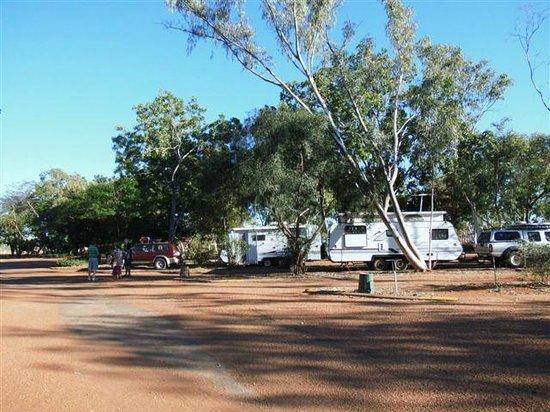 OutBack Caravan Park: A nice shady spot