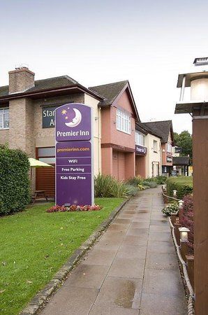 Premier Inn Burton On Trent East Hotel