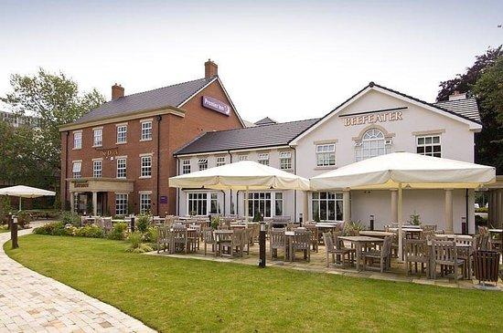 Premier Inn Birmingham Central (Hagley Road) Hotel : Hagley Road Exterior