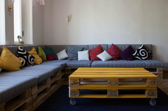 Indie House Hostel: Common Lounge
