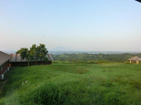 Kuju Kogen Cottage: ロッジは続くよ、どこまでも
