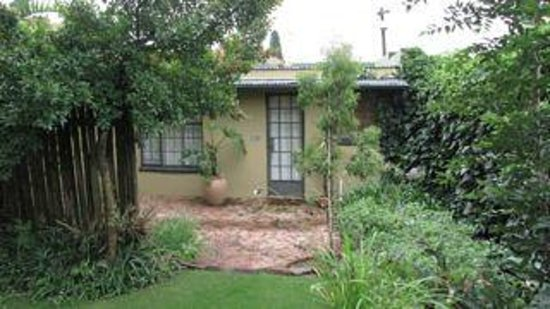 The Hillside House: Self-catering Cottage