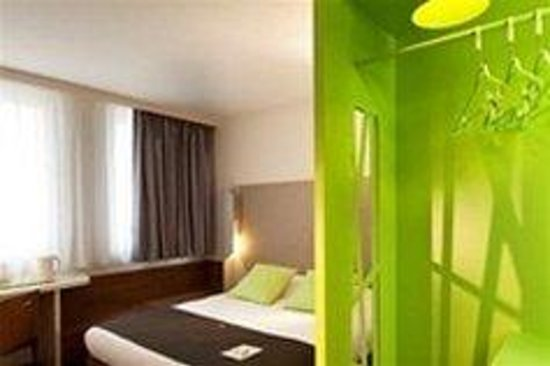 Campanile Bordeaux Centre -Gare Saint-Jean : Double Room