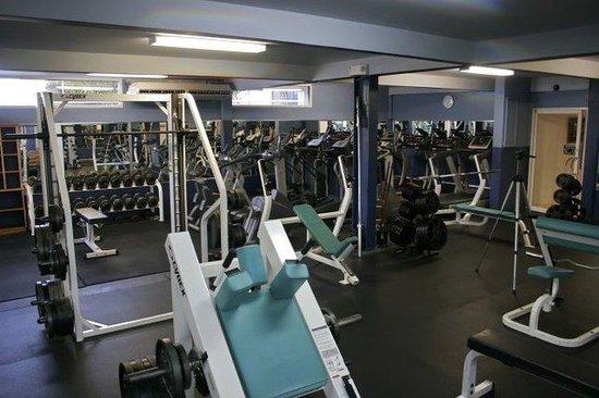 Trade Winds Hotel: Cyborgs Gym