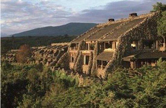 Ngorongoro Serena Safari Lodge: exterior