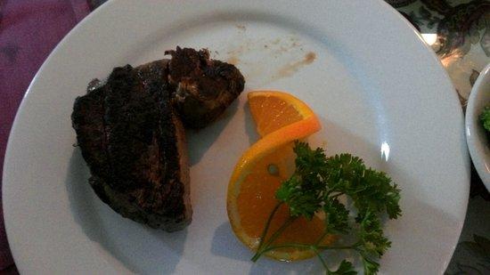 Hilltop : steak!