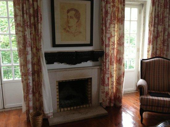Lawrence's Hotel: Номер Лорд Байрон, гостинная