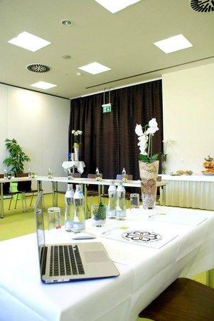 Blumenhotel: Seminarraum
