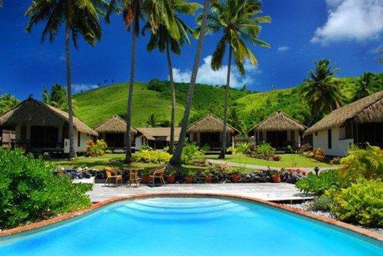 Tamanu Beach: Exterior