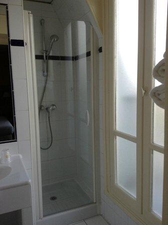 Best Western Le Nouvel Orléans : bathroom 605