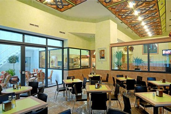 Hotel Julia: Restaurant