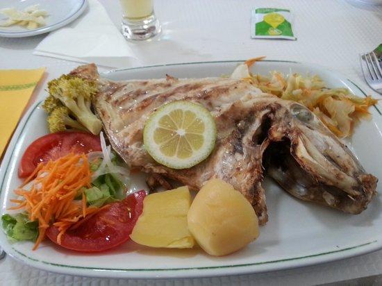 Retiro do Pescador Restaurante : peixe porco