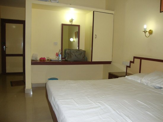 The Vyshakh: 3 star hotel room for 3000 rupees!!!!!!