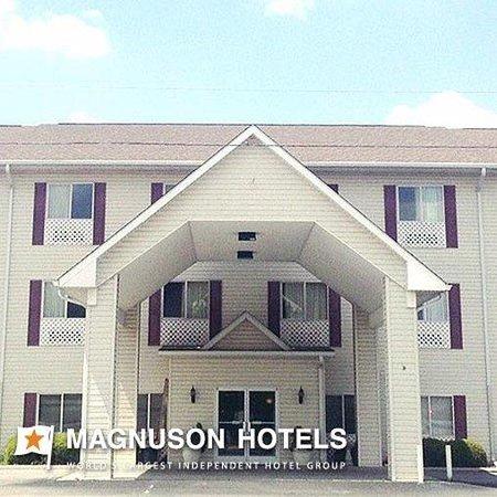 Midtown Inn & Suites Claxton: Midtown Inn Suites Watermark