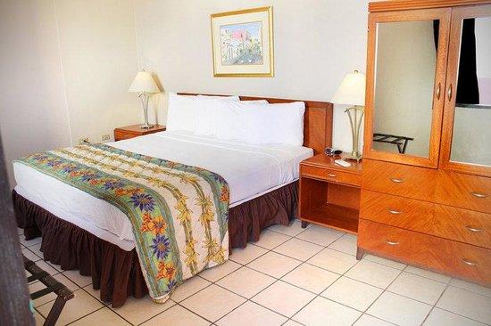 Hotel Plaza De Armas: Queen Bed Room