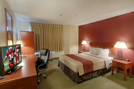 Red Roof Inn Houston IAH Airport: Queen Room