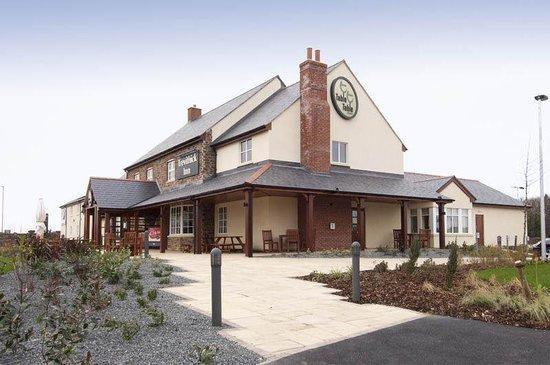 Premier Inn Camborne Hotel: Premier Inn Camborne Exterior
