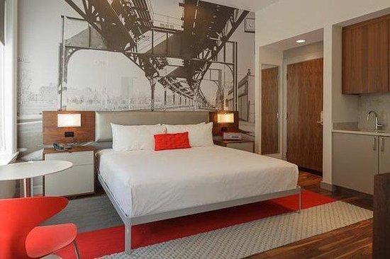 Chandler Studios: Guest Room
