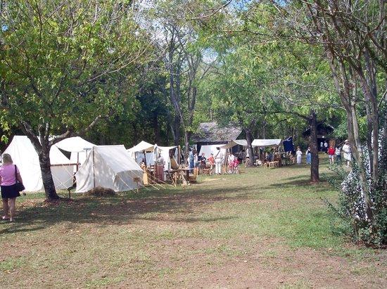 Walnut Grove Plantation : Displays