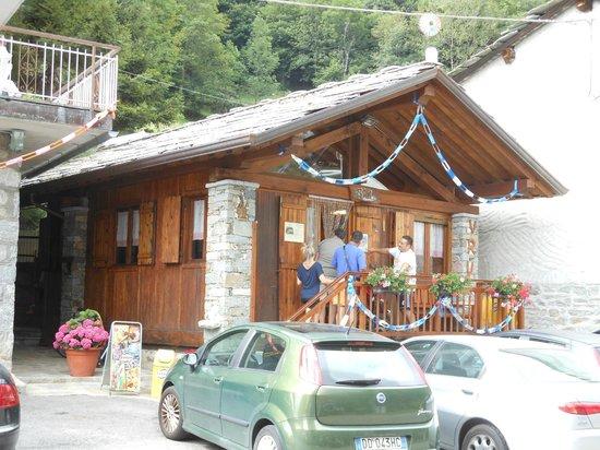 Cantoira, Italie: La trattoria Alpina di Vru