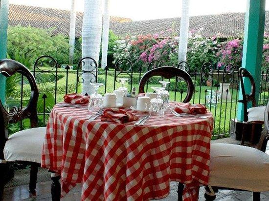 Hotel El Convento: Dining