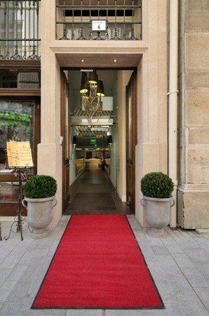 La Prima Fashion Hotel: Entrance