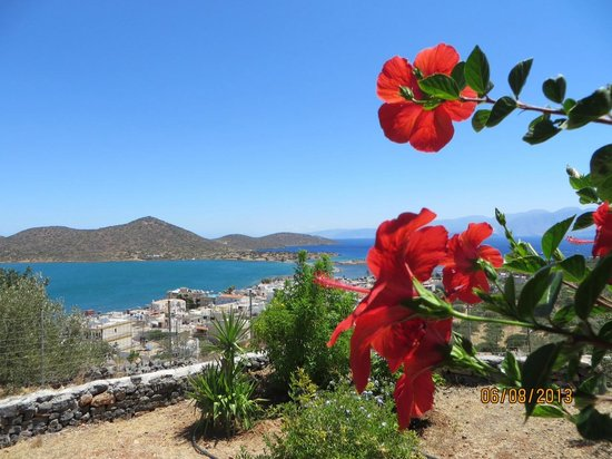 Elounda Heights Apartments and Studios : One of the views