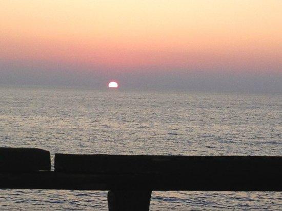 Villaggio Club Agrumeto: Il tramonto del ristorante