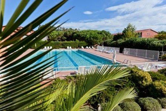 Hotel Spa Las Motas: Piscine extérieure