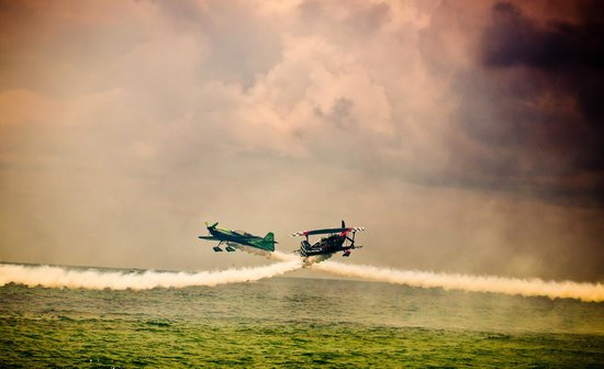Hampton Inn Pensacola Beach: Air Show at the beach