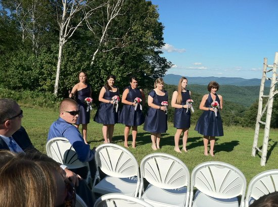 Sugarbush Village Condominums: Wedding party atop mountain