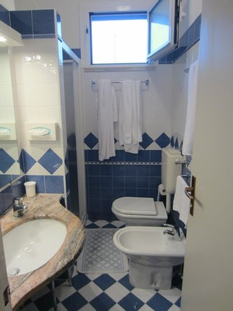 Hotel Touring: Bagno
