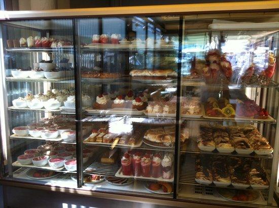 L'Amiraute: Les fameux desserts