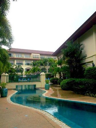 Baan Puri: Pool