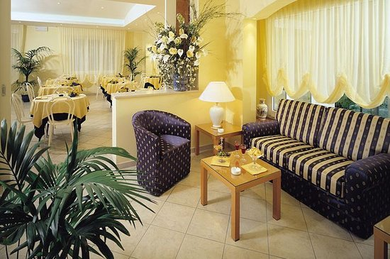 Hotel Cannes : Sala
